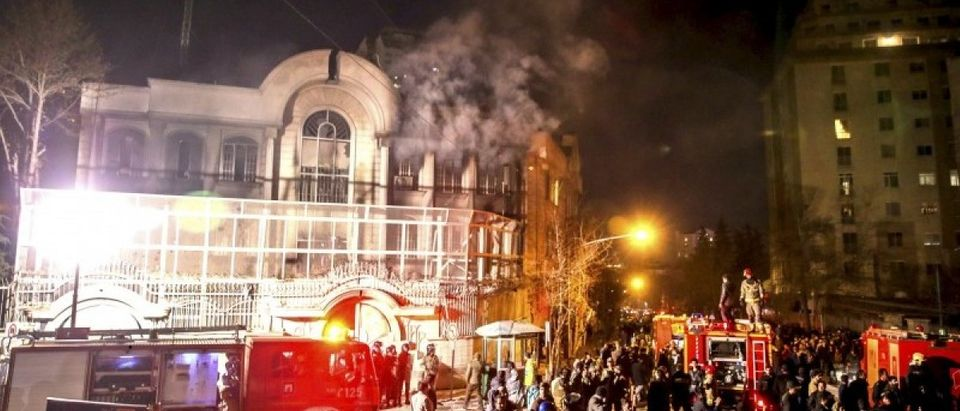 Flames rise from Saudi Arabia's embassy during a demonstration in Tehran January 2, 2016. (REUTERS/TIMA/Mehdi Ghasemi/ISNA)