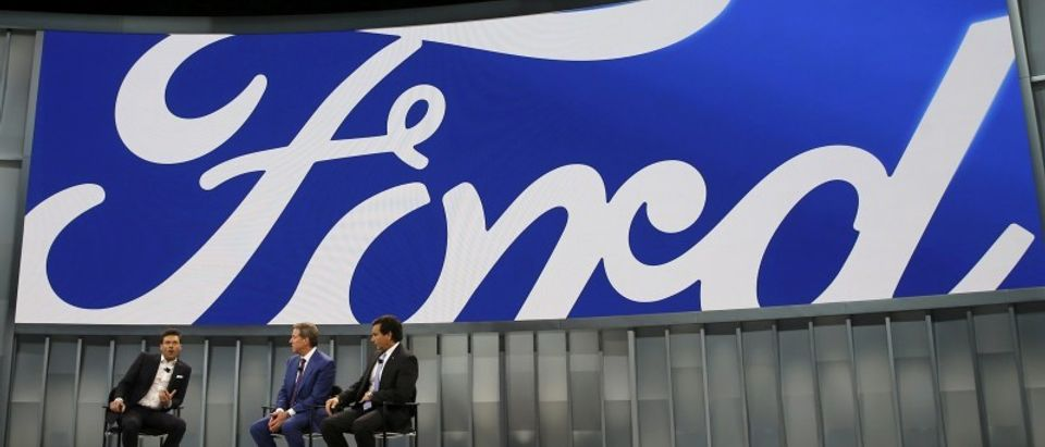 Entertainer Seacrest interviews Ford and Fields of Ford at the North American International Auto Show in Detroit