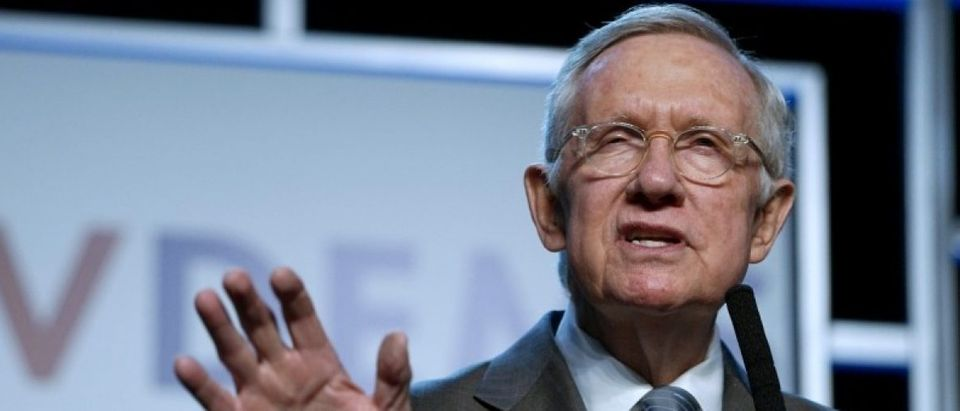 Sen. Harry Reid speaks at a Democratic fundraising dinner in Las Vegas