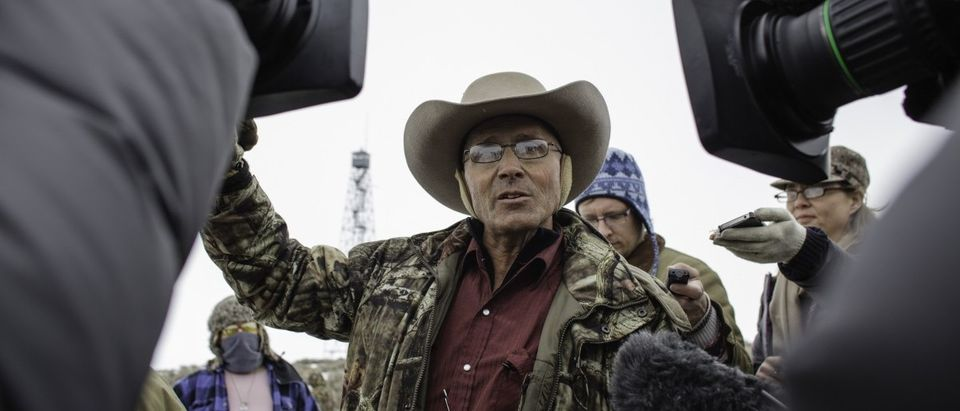 Media interview Lavoi Finicum(C), an Arizona rancher and a member of an armed anti-government militia, outside of the Malheur National Wildlife Refuge Headquarters near Burns, Oregon January 5, 2016. (ROB KERR/AFP/Getty Images)