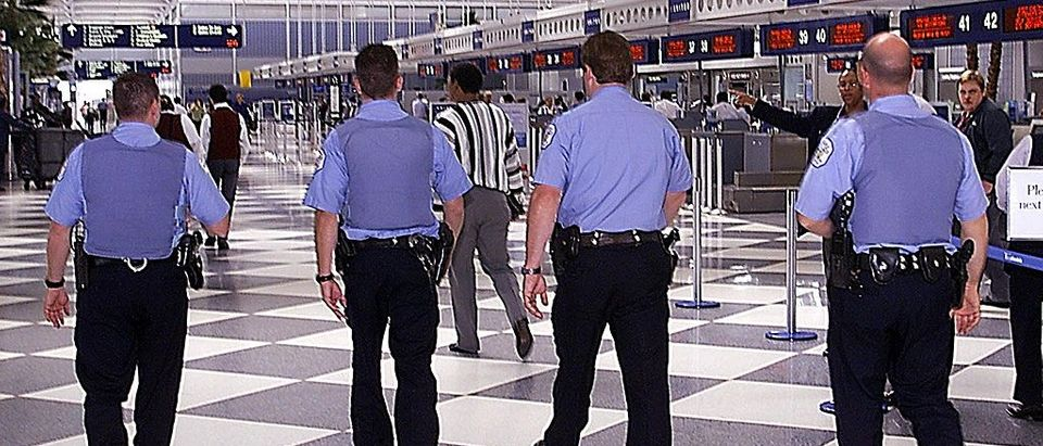 Chicago Airport Police Told To 'Run And Hide' During Active Shooting (Getty Images)