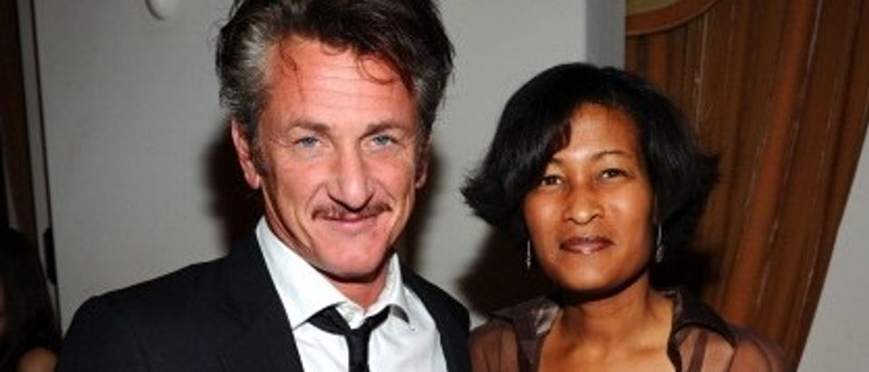 Honoree Sean Penn (L) and Counsler and Chief of Staff to Hillary Clinton, Cheryl Mills attend the Cinema For Peace event benefitting J/P Haitian Relief Organization in Los Angeles held at Montage Hotel on January 14, 2012 in Los Angeles, California. (Getty Images)
