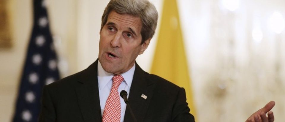 Secretary of State John Kerry delivers remarks with Colombian President Santos at joint news conference in Washington