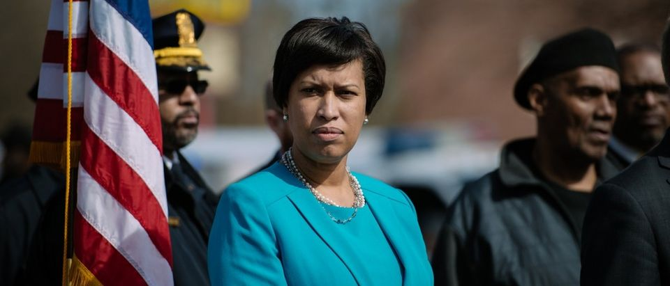 Mayor Muriel Bowser's announcement about intersection improvements in Ward 8. (Credit: Street Sense | Photo by Matailong Du/Flickr, no changes made) https://www.flickr.com/photos/street_sense/16588758700/