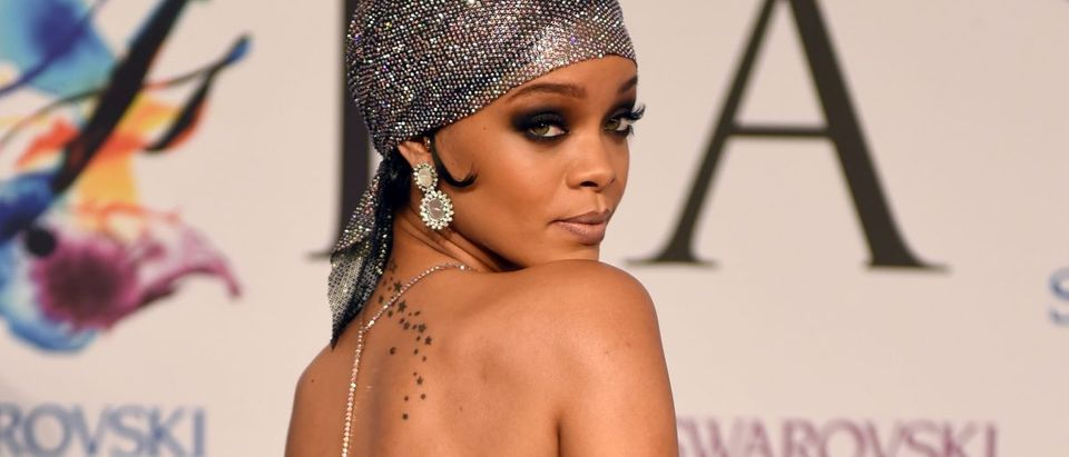 Rihanna (Photo: Getty Images/TIMOTHY A. CLARY)
