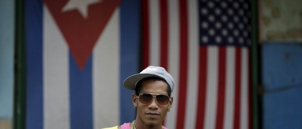 Wider Image: U.S. - Cuba thaw: voices from the street