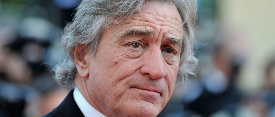 Robert De Niro defends anti-vaccine film