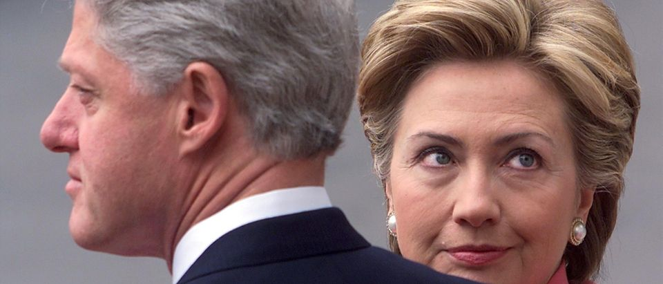 White House staffer says Clintons are paranoid and insecure