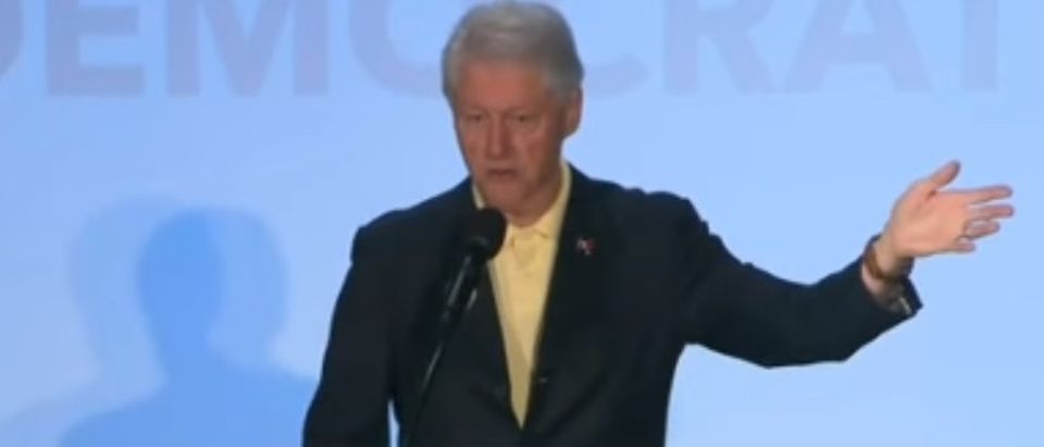 Bill Clinton talks to Hillary supporters in Kokomo, Indiana, April 30, 2016. (Youtube screen grab)