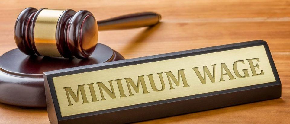 Minimum Wage Legal Dispute (Photo: Shutterstock)