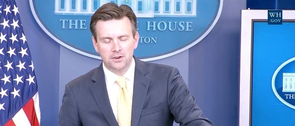 White House: Insurance Market Is Doing 'A Lot Better' Than Before Obamacare (YouTube)