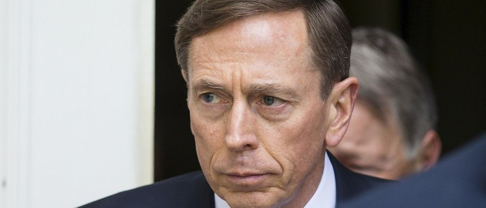 Former CIA director David Petraeus leaves the Federal Courthouse in Charlotte, North Carolina, April 23, 2015. Petraeus was sentenced to two years of probation and ordered to pay a $100,000 fine after pleading guilty to mishandling classified information. REUTERS/Chris Keane
