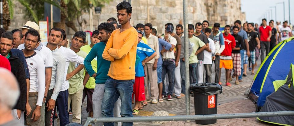 Unidentified refugees (Shutterstock)