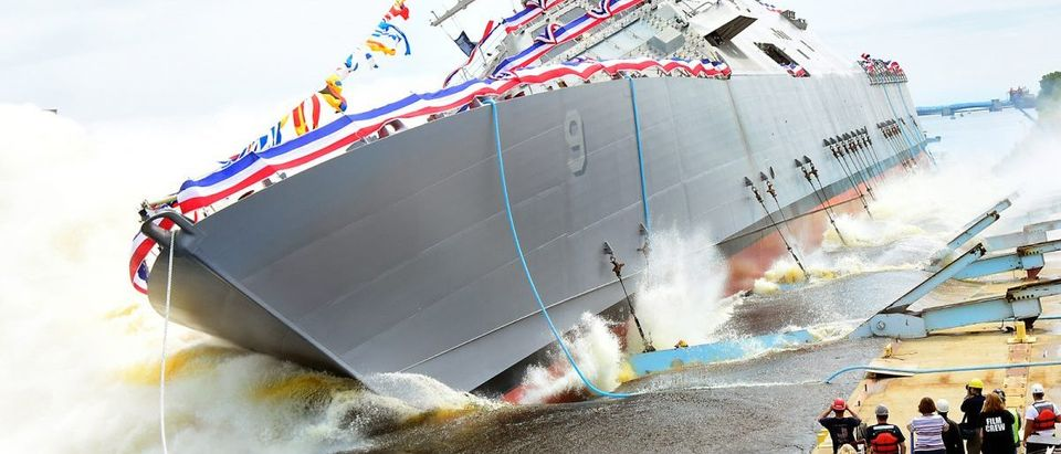 MARINETTE, Wis., (July 18, 2015) The littoral combat ship Pre-Commissioning Unit (PCU) Little Rock (LCS 9) is launched into the Menominee River in Marinette, Wisc. after a christening ceremony at the Marinette Marine Corporation shipyard. (U.S. Navy photo/Released) 150720-N-ZZ999-115