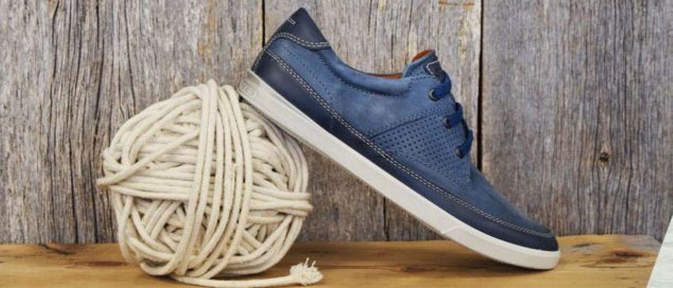 ECCO shoes are on sale today (Photo via Amazon)