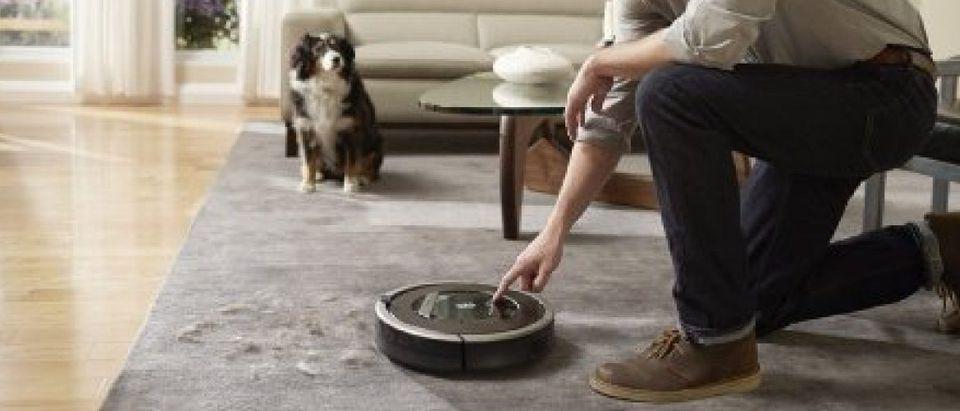 The Roomba is 25 percent off today (Photo via Amazon)
