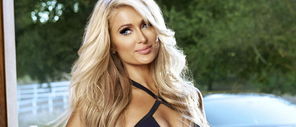 Paris Hilton bikini photos