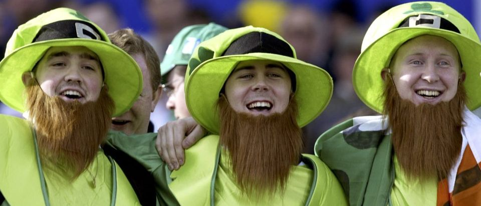 IRISH SUPPORTERS DRESSED AS LEPRECHAUNS SING THEIR NATIONAL ANTHEMBEFORE START OF RUGBY WORLD ...