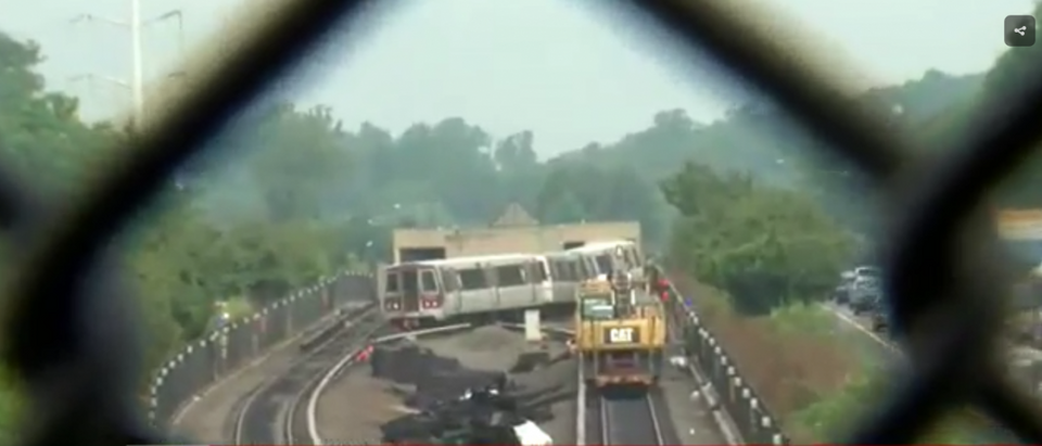 DC Metro train derails. (WJLA/Screenshot)