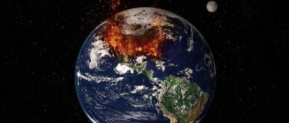 Planet Earth Global Warming - Massive Fire Chaos (Shutterstock/capitanoseye)