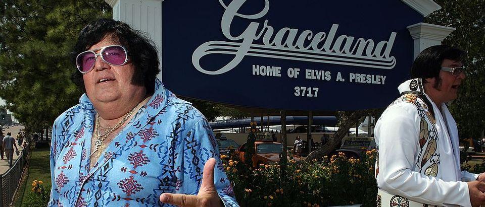 Elvis impersonators Carl Cassady (L) of