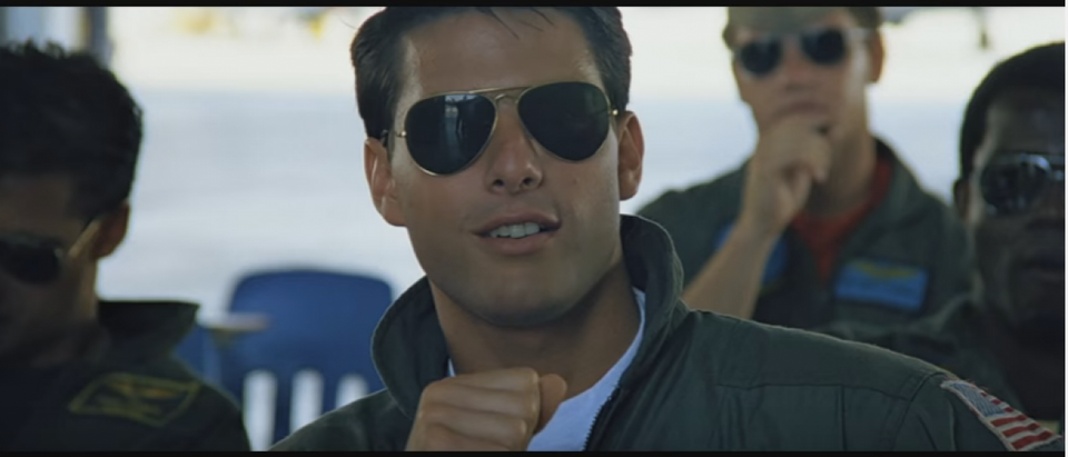 Maverick wore Aviators in 'Top Gun' (YouTube screenshot)