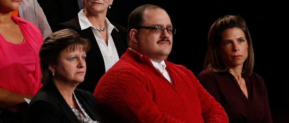 ken-bone-red-sweater