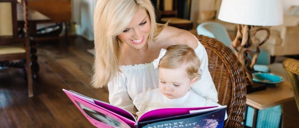 Ainsley Earhardt and her daughter, Hayden. (Credit: Pasha Belman Photography (Pashabelman.com))