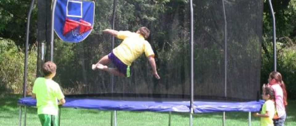 This trampoline is $99 off today (Photo via Amazon)