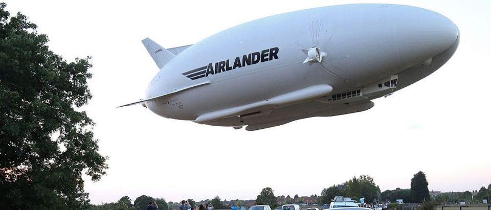 TOPSHOT-BRITAIN-TRANSPORT-TECHNOLOGY-AVIATION-AIRLANDER-HAV