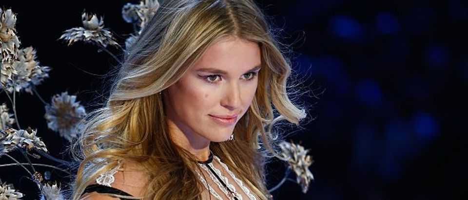 Swarovski Sparkles in the 2016 Victoria's Secret Fashion Show
