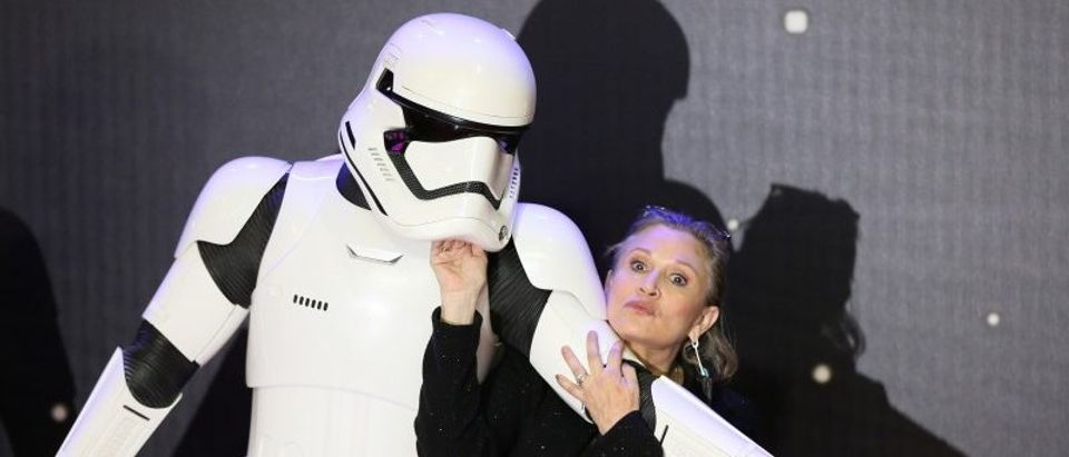FILE PHOTO - Carrie Fisher poses for cameras as she arrives at the European Premiere of Star Wars, The Force Awakens in Leicester Square, London