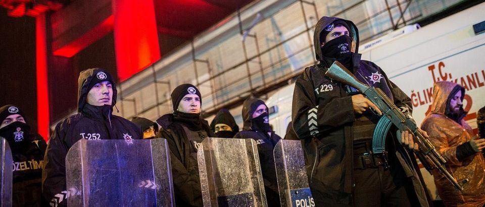 Istanbul Nightclub Attacked by Gunman