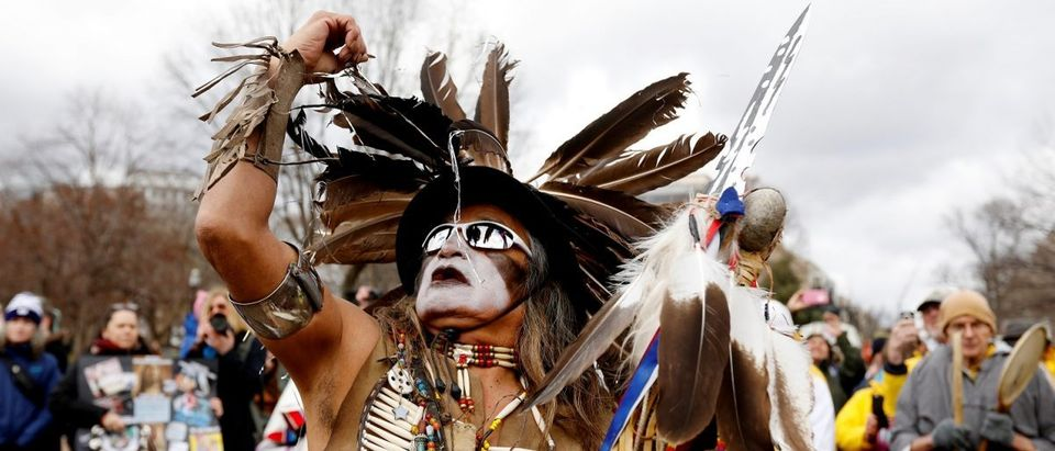 A rally in opposition to the Dakota Access and Keystone XL pipelines in Washington, U.S., March 10, 2017. (Photo: REUTERS/Kevin Lamarque)