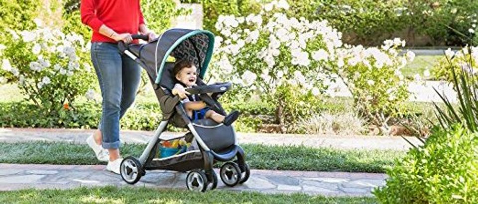 Strollers are nearly 50 percent off today (Photo via Amazon)