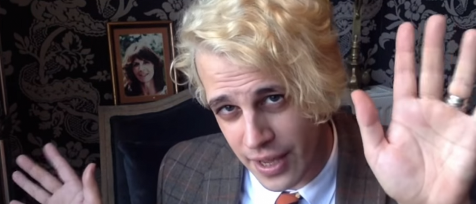 Milo Yiannopoulos demonstrating jazz hands (YouTube Screengrab: MILO)