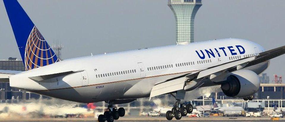 United Airlines Flight Departs Chicago, Illinois