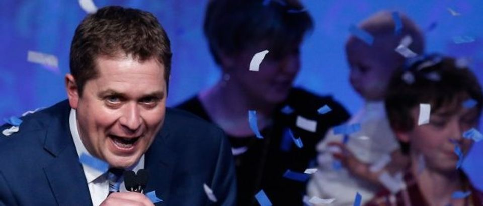 Andrew Scheer celebrates after winning the leadership during the Conservative Party of Canada leadership convention in Toronto