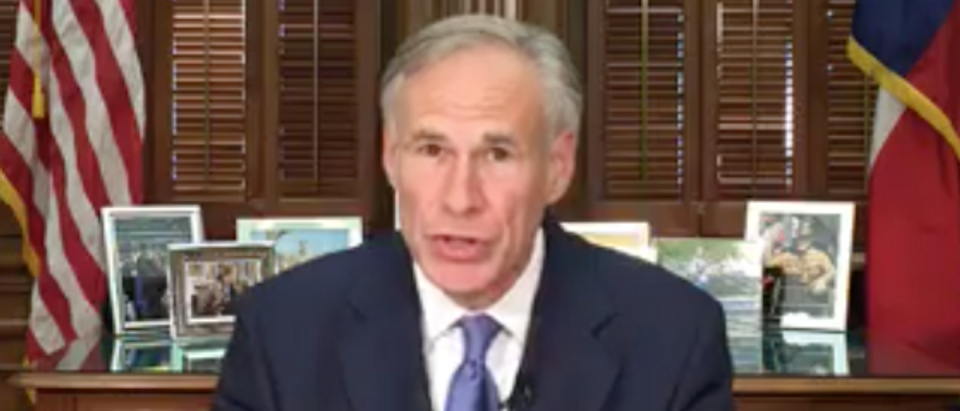 Texas Gov. Greg Abbott signs sanctuary city ban into law, May 7, 2017. (Gov. Greg Abbott's Facebook page)