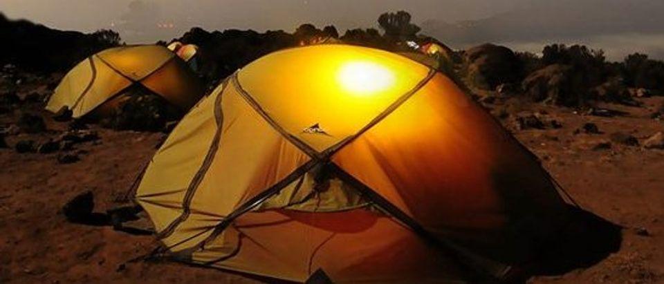 These lanterns are versatile (Photo via Amazon)