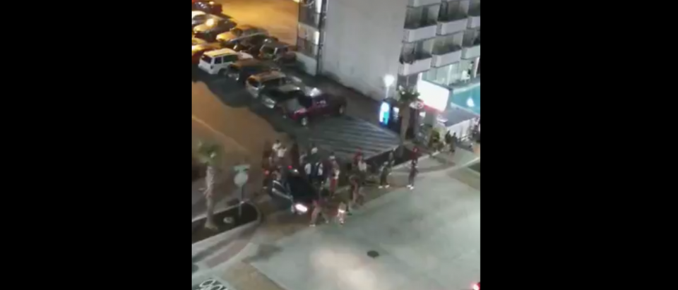 Myrtle Beach Shooting LIVE [Screenshot/Facebook/Public - User: Bubba Hinson]