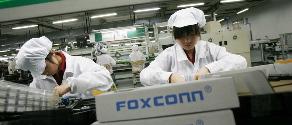 apples-iphone-manufacturer-foxconn-plans-to-cut-employees