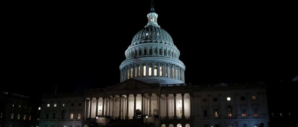 The United States Capitol is seen prior to an all night round of health care votes on Capitol Hill in Washington, U.S., July 27, 2017. (Photo: REUTERS/Aaron P. Bernstein)