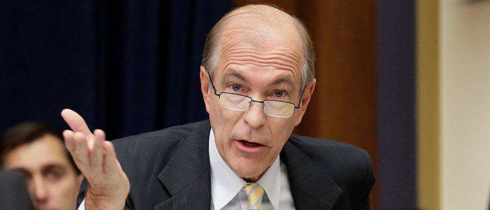 Rep. Scott Garrett (R-NJ) questions SEC Chairwoman Mary Jo White during a hearing in Washington.