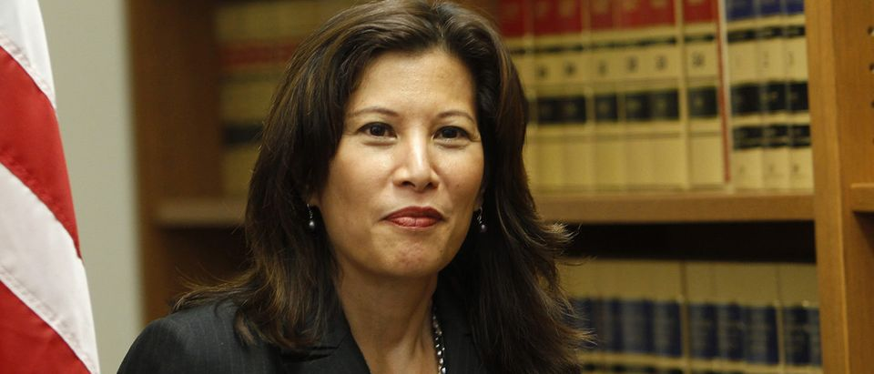 Appeals court justice Tani Cantil-Sakauye enters news conference in San Francisco