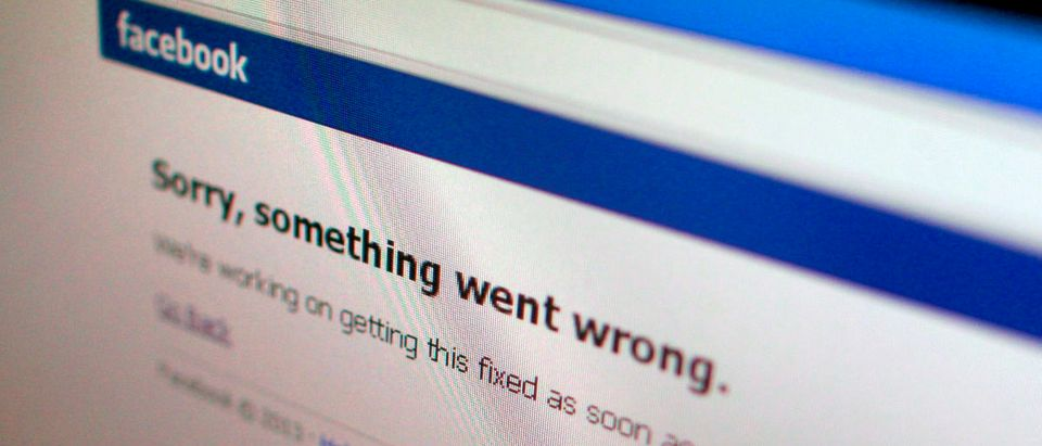 "A Facebook error message is seen in this illustration photo of a computer screen in Singapore June 19, 2014. Facebook Inc's website appeared to be back up on Thursday a few minutes after it displayed a message saying ""Sorry, something went wrong"". The outage was reported in several countries, including China, Singapore and India. REUTERS/Thomas White (SINGAPORe - Tags: BUSINESS TELECOMS SOCIETY) - RTR3ULAI"
