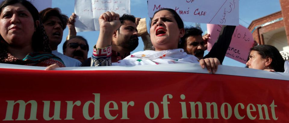People demonstrate after the killing Mashal Khan, accused of blasphemy, by a mob at Abdul Wali Khan University in Mardan, during a protest in Peshawar, Pakistan April 14, 2017. REUTERS/Fayaz Aziz - RTX35K4R