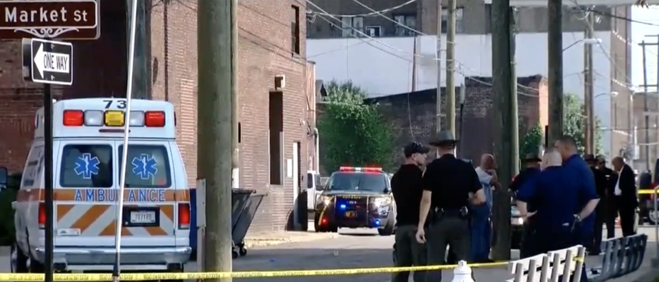 Police respond to a shooting at the Jefferson County Courthouse in Steubenville, Ohio. (YouTube screenshot/NBC4 WCMH-TV Columbus)