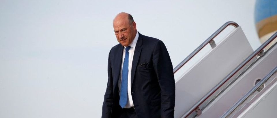 Gary Cohn steps from Air Force One in Washington