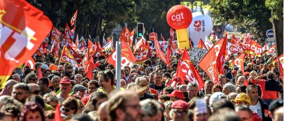 Thousands protest Macron in France